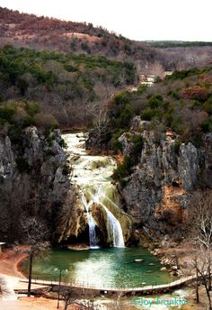 Turner Falls OK - one of my favorite places to go as a kid. Great Places, Places To See, Beautiful Places, Turner Falls Oklahoma, Us Vacation Spots, Texas Travel, Travel Oklahoma, Go Hiking, Le Far West