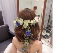 バックロングタイプのアンティーク花冠×ボブヘアー
