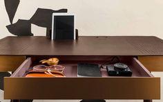 Pegasus Home Desk designed by Ippolito Fleitz Group for Classicon Bureau Design, Home Desk, Home Office, Pegasus, Passe Cable, Pc Desk, Moka, Floating Nightstand, Workplace