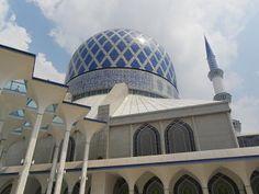 Blue Masjid, Shah Alam - Le blog de Yeude - Maternité, voyages, déco... | Malaisie - Grandeur et décadence | Selamat malam,   Ceci est le récit de notre avant dernière journée en Malaisie.   Après avoir acheté...