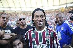 Ronaldinho Gaúcho está sem disputar partidas oficiais desde que deixou o Fluminense (foto: EPA)