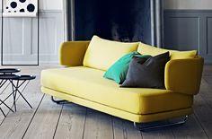 gelbes Zweisitzer-Sofa