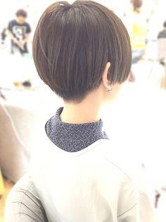 ツーブロックショート×透明感アッシュグレー☆/HAIR & MAKE JOJI 【ジョジ】をご紹介。2018年春夏の最新ヘアスタイルを300万点以上掲載!ミディアム、ショート、ボブなど豊富な条件でヘアスタイル・髪型・アレンジをチェック。