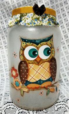 Vidro decorado Painted Wine Bottles, Painted Jars, Bottles And Jars, Glass Jars, Plastic Bottles, Painting Canning Jars, Bottle Painting, Glass Bottle Crafts, Bottle Art