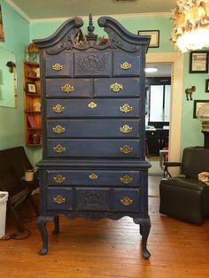 Windsor Blue with Aging Cream by The Neon Gypsy, Keely Gore.  #Windsorblue #agingcream #cecepaint #cececaldwells #cececaldwellspaints #diy #betterthanchalk #paintedfurniture