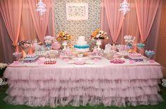 Festa infantil bailarina, linda com a mesa forrada com tule Half Birthday, Unicorn Birthday Parties, Birthday Party Themes, Birthday Cake, Happy Birthday Princess, Ballerina Birthday, Ballet, 1st Birthdays, Baby Shower
