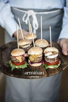 Mini hamburguesitas Armiñan Catering