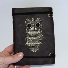 Book Owl - leather journal, diary, notebook, sketchbook - would be fun for doodling or zentangle journaling. <3