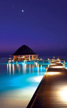 Angsana Velavaru in the Maldives -  Beach or Overwater Dinner
