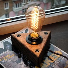Wooden lamp Edison bulbs with dimmer for smooth brightness