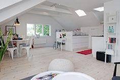 Attic-apartment-white-living-room2