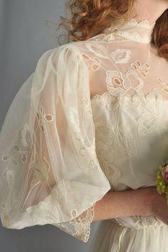 Pretty Outfits, Pretty Dresses, Beautiful Dresses, Edwardian Fashion, Vintage Fashion, Edwardian Style, Edwardian Dress, Fashion Goth, Vintage Beauty