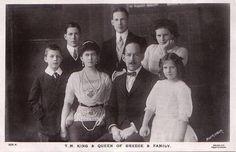 König Konstantinos I. von Griechenland und seine Familie