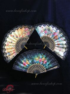 These fans are the ideal accessory for any Spanish dance, especially for the ballet Don Quixote, Paquita, Nutcracker's Spanish Dance and other variations. This fan is made on the plastic openwork basi Antique Fans, Vintage Fans, Spanish Style, Spanish Dance, Hand Held Fan, Hand Fans, Chinese Fans, Flamenco Dancers, Umbrellas Parasols