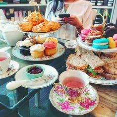 """♥Top 7 Cute Montreal Places To Take Your BFF For High Tea (""""Cardinal"""", """"Bar à Beurre"""".... etc)"""
