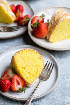 This amazing Lemon Bundt Cake recipe uses two secret ingredients (cake mix and pudding!) to make it the easiest and most delicious lemon cake youve ever had. Theres nothing like it so get ready for a whole lot of sunshine served up on a plate. Cake Mix Recipes, Cupcake Recipes, Cupcake Cakes, Dessert Recipes, Bunt Cakes, Lemon Pudding Cake, Lemon Bundt Cake, Pound Cake, Lemon Recipes