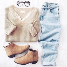 Nerdy glasses are perfect for cute outfits for class for school!