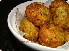 Cea mai buna reteta de chiftelute din dovlecei Romanian Food, Vegan Foods, Tandoori Chicken, Vegetable Recipes, Baked Potato, Cauliflower, Appetizers, Cooking Recipes, Vegetarian