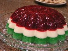 Christmas Jello Raspberry Jello Recipes, Raspberry Jello Salad, Orange Jello Salads, Jello Fruit Salads, Gelatin Recipes, Christmas Desserts, Christmas Jello Recipe, Christmas Cooking, Christmas Party Food