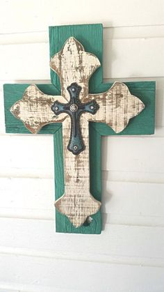 Unique Shabby Chic Wall Cross SALE Rustic by dontthrowthataway Wooden Crosses, Crosses Decor, Wall Crosses, Painted Crosses, Decorative Crosses, Mosaic Crosses, Rustic Cross, Rustic Wood, Barn Wood