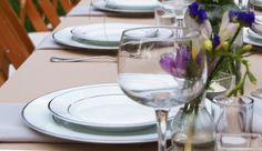 The Pros and Cons of Plated, Family Style, and Buffet Meals #weddings #weddingplanning #plated #buffet #familystyle
