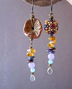 Earrings by Malin de Koning. www.beadingbymalindekoning.blogspot.se/2015/05/stacked-earrings-challenge-3.html