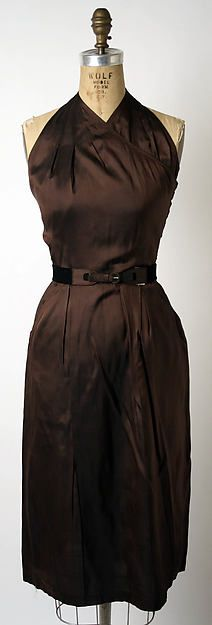 women Ensemble Claire McCardell Manufacturer: Townley Frocks (American) Date: 1941 Culture: American Medium: rayon, leather . Vintage Outfits, Retro Outfits, Vintage Dresses, Vintage Clothing, Claire Mccardell, 1940s Fashion, Vintage Fashion, Vintage Beauty, Costume