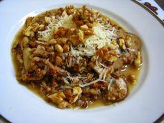 Pohánkové rizoto s krémovými šampiňónmi a vlašskými orechami - NajRecept. Raw Food Recipes, Healthy Recipes, Yummy Recipes, Quinoa, Chili, Cabbage, Soup, Rice, Vegetarian