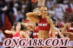 Sexy Cheerleaders That Will Blow Your Mind - Page 17 of 19 - Djuff Nba Heat, Miami Heat, Female Six Pack, Cheerleading Photos, Nfl Sunday, Hottest Nfl Cheerleaders, Cheer Athletics, All Star Cheer, Sports