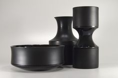 Tapio Wirkkala  Rosenthal bowl 7032 (1964, vases 7012 and 7013 (1962) www.brummerhome.com