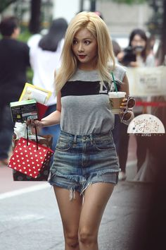 4minute Hyuna Airport Fashion | Official Korean Fashion