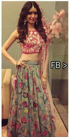 A beautiful Payal Shingal creation. Indian Dresses, Indian Outfits, Western Outfits, Indian Attire, Indian Wear, Designer Lehanga, Designer Dresses, Lehenga Crop Top, Blouse Designs