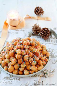 Xmas Food, Christmas Desserts, Christmas Baking, Struffoli Recipe, Easy Desserts, Delicious Desserts, Biscotti, Cake & Co, Pan Dulce