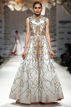 Ivory zari and thread fully embroidered gown available only at Pernia's Pop Up Shop.
