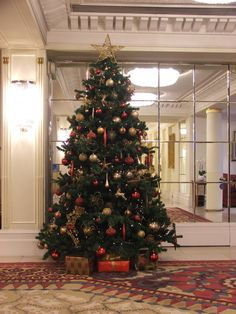Artificial Christmas Tree Hire London Hotel