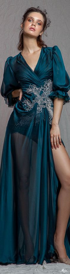 Rouba G. Spring Fashion, Fashion Show, Fashion Trends, Green Turquoise, Teal, Glamour, Couture Collection, Formal Gowns, Color Azul