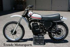 TBT 1974 Yamaha YZ250  The Yamaha YZ250 is a two-stroke motocross race bike made by Yamaha. It was launched in 1974 and has been regularly updated since. It is one of the only two-stroke bikes of this displacement to still be in production and release every year. For the Yz250 the top speed is about 95 mph unless geared other wise.  Engine: The YZ250 has a 249 cc liquid-cooled two-stroke reed-valved engine with a YPVS exhaust valve for a wider spread of power.
