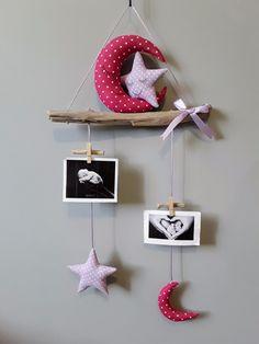 Porte photos mobile bois flotté cadeau de naissance décoration chambre enfant