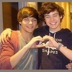 Photo remix by Lidia Stylinson ʚïɞ Foto One, Foto Real, Four One Direction, One Direction Pictures, Larry Stylinson, Ed Sheeran, Louis Y Harry, 1d Day, X Factor