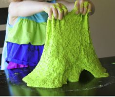 21 Sensory Activities For Kids With Autism - TGIF - This Grandma is Fun manualidades primaria 21 Sensory Activities For Kids With Autism - TGIF - This Grandma is Fun Halloween Crafts For Kids, Craft Projects For Kids, Science Projects, Science Crafts, Kids Crafts, Stem Projects, Happy Halloween, Easy Crafts, Craft Ideas
