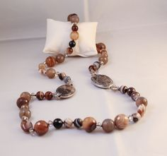 Collar de piedras naturales.http://marberaltabisuteria.mitiendy.com/categorias/collares