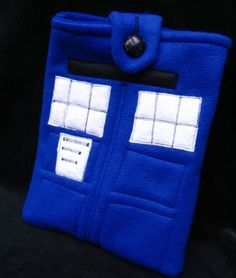 TARDIS iPad/Kindle sleeve.