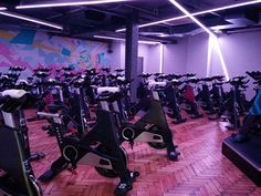Psycle: Where gorgeous interior design meets hardcore spinning - the perfect (and super sweaty!) kickstart to my Bank Holiday weekend!