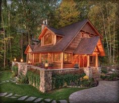 077 Small Log Cabin Homes Ideas Small Log Cabin, Log Cabin Homes, Small Log Homes, Lake Cabins, Cabins And Cottages, Mountain Cabins, Casas Country, Haus Am See, Log Home Decorating
