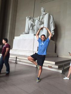 I would never have dared do this in the Jefferson memorial. But Lincoln's cool with it. #DCCON http://www.forbes.com/sites/benkerschberg/2011/05/18/d-c-circuit-opinion-banning-dancing-at-memorials-deserves-very-close-scrutiny/ …