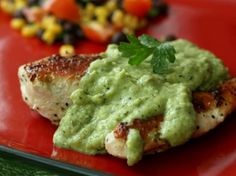 Receta de pollo en salsa verde Guacamole, Mexican, Ethnic Recipes, Tortillas, Food, Homemade Mashed Potatoes, Apple Sauce, Avocado Salad, Recipes With Chicken
