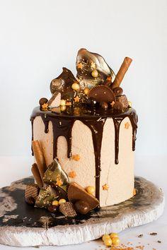 How to make a drippy ganache cake | Erin Gardner for TheCakeBlog.com