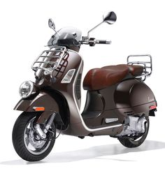 Vespa GTV 300ie - Vie Della Moda special edition. Mine doesn't have the front rack, and it never will!