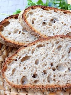 Chleba z naší vsi Pan Bread, Bread Baking, Bread And Pastries, Russian Recipes, Sourdough Bread, Pavlova, Cake Recipes, Food And Drink, Lose Weight