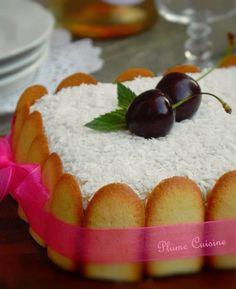 gâteau-mont-blanc-antillais Mexican Food Recipes, Snack Recipes, Dessert Recipes, Cooking Recipes, Tumblr Food, Party Food And Drinks, English Food, Caribbean Recipes, Partys